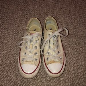 Old low top converse